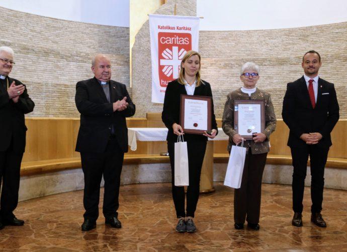 Győri önkénteseket jutalmaztak Caritas Hungarica-díjjal